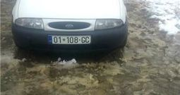 Ford Courier -00