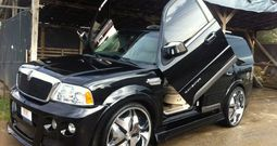 2004 Lincoln full extra over 70.000$ on